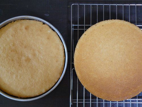 Coconut-cake-baked