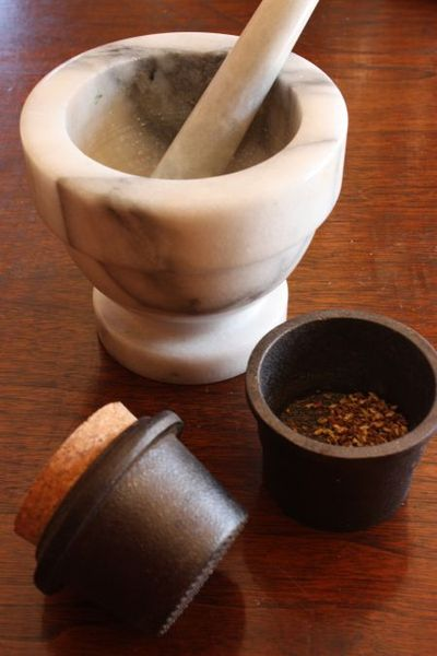 Spice-grinders-3