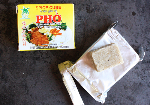 Instant pho cubes