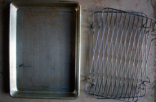 Perforated baking sheet small roasting rack