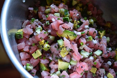 Spicy-tuna-tartare-recipe-process