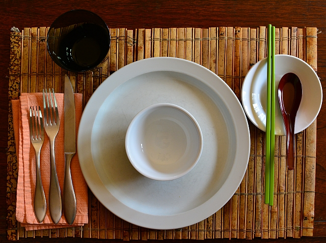 Tablesetting-all-out & How to Set a Vietnamese Table and Serve - Viet World Kitchen