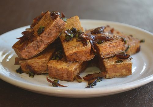 Panfried-tofu-with-pickled-ginger