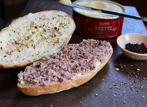Canned-butter-pate-banh-mi-1