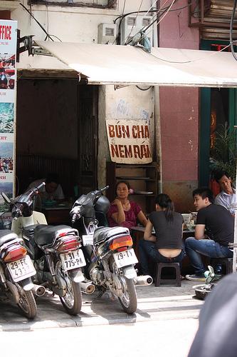 Hanoi Food and Travel 2010 - Viet World Kitchen