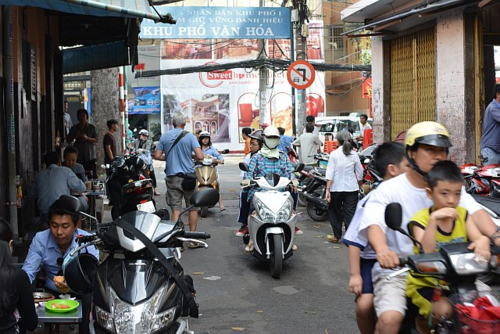 Banh-mi-Saigon