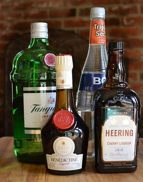 Singapore-sling-liquor