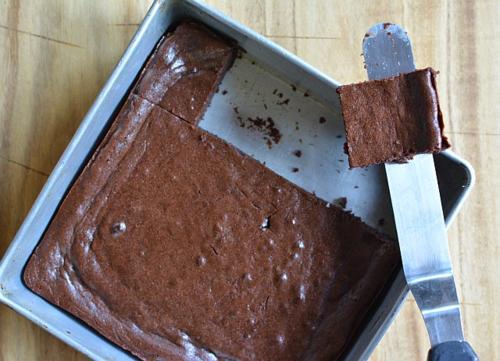 Miso-tofu-brownie-spatula