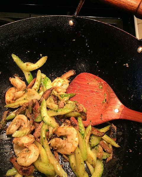 Stir-fry-cilantro-pesto