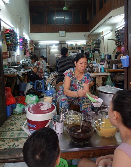 Hanoi-che-vendor-2015