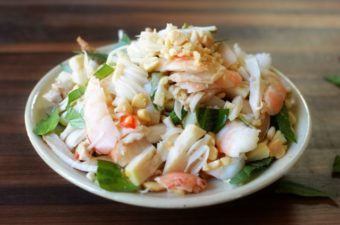 Young Jackfruit and Shrimp Salad Recipe (Nom Mit Non)