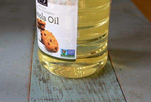 Canola-oil-wf