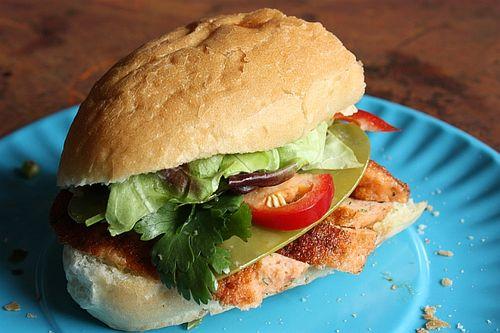 Ch6-herbed-salmon-cake-sandwich