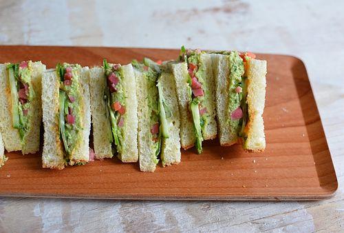Banh-mi-tea-sandwiches-3