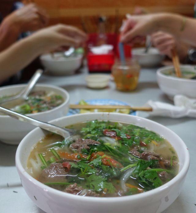 Garlic-vinegar-hanoi-stir-fried-beef-pho