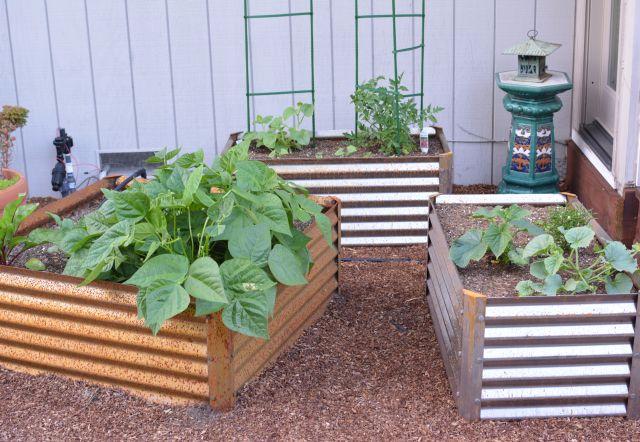 Garden-beds-metal