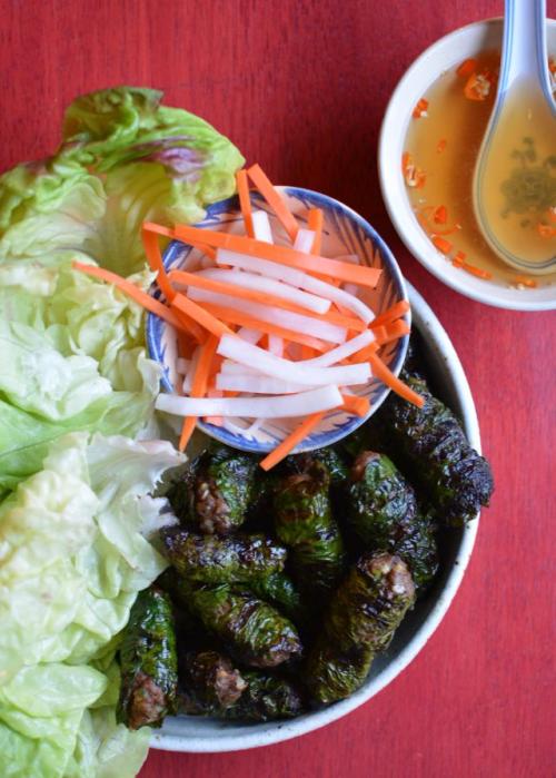 Grilled-beef-betel-leaf
