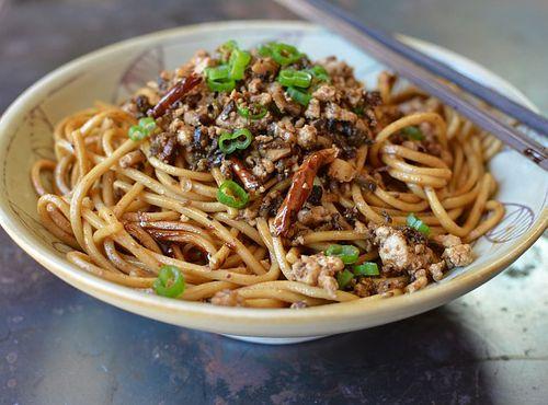 Asian Cold Noodle Recipes -- vegetarian dan dan noodles